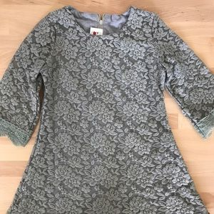 Girl dress size 5T